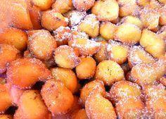 Ruioli, Arrubiolos, Orrubiolus, tanti sono i nomi quante sono le varianti di queste dolci frittelle, che si preparano nel periodo di carnevale