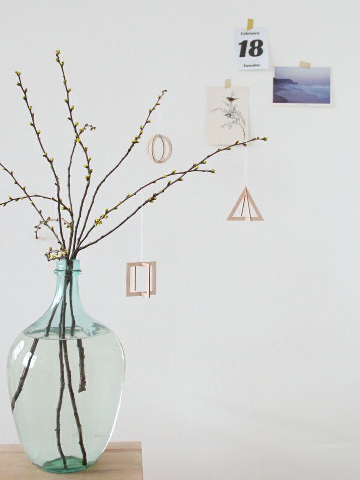 SNUG.TRIO 3 geometric pendants, wood, to assemble.
