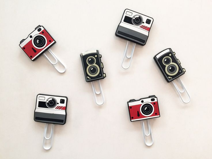 Check out these adorable photography inspired picture hangers // Available in store now