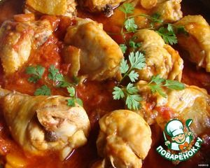 Курица в томатно-сметанном соусе с имбирем