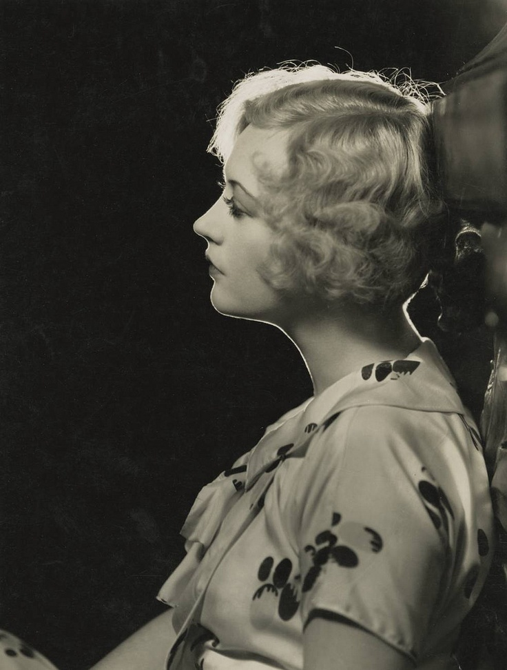 My favorite flapper, Marion Davies.