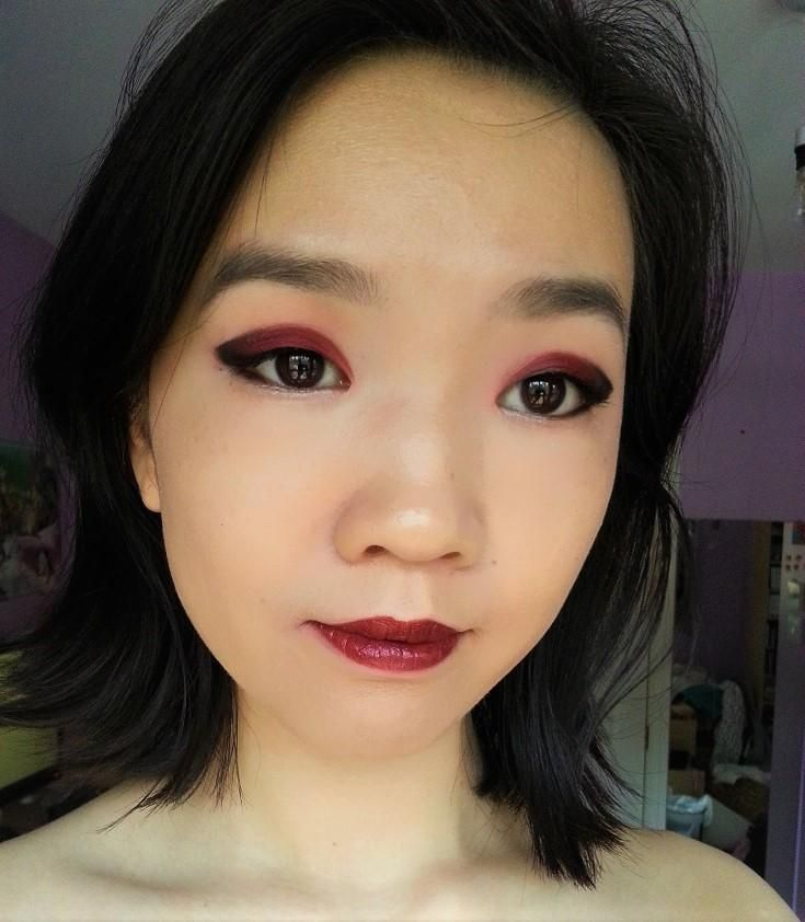 2 points and 2 comments so far on reddit Eyeshadow looks