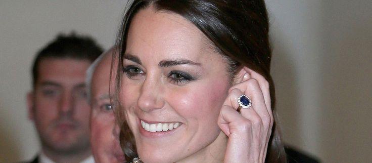 Mais combien coûte la bague de fiançailles de Kate Middleton?
