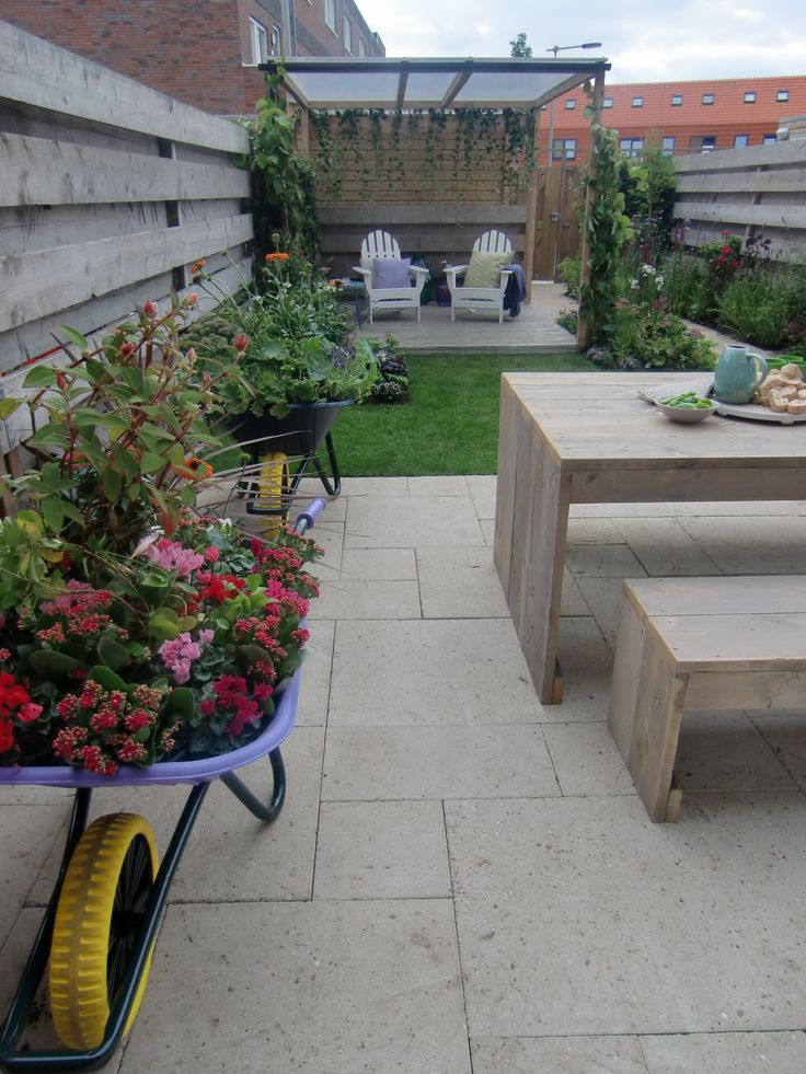 51 best images about eigen huis en tuin tuinmetamorfoses for Opklapbed eigen huis en tuin