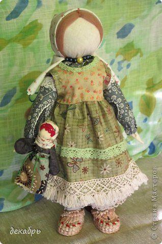 Куклы Шитьё Авторская кукла по мотивам народной тряпичной куклы Берегиня Крупеничка Ткань фото 3