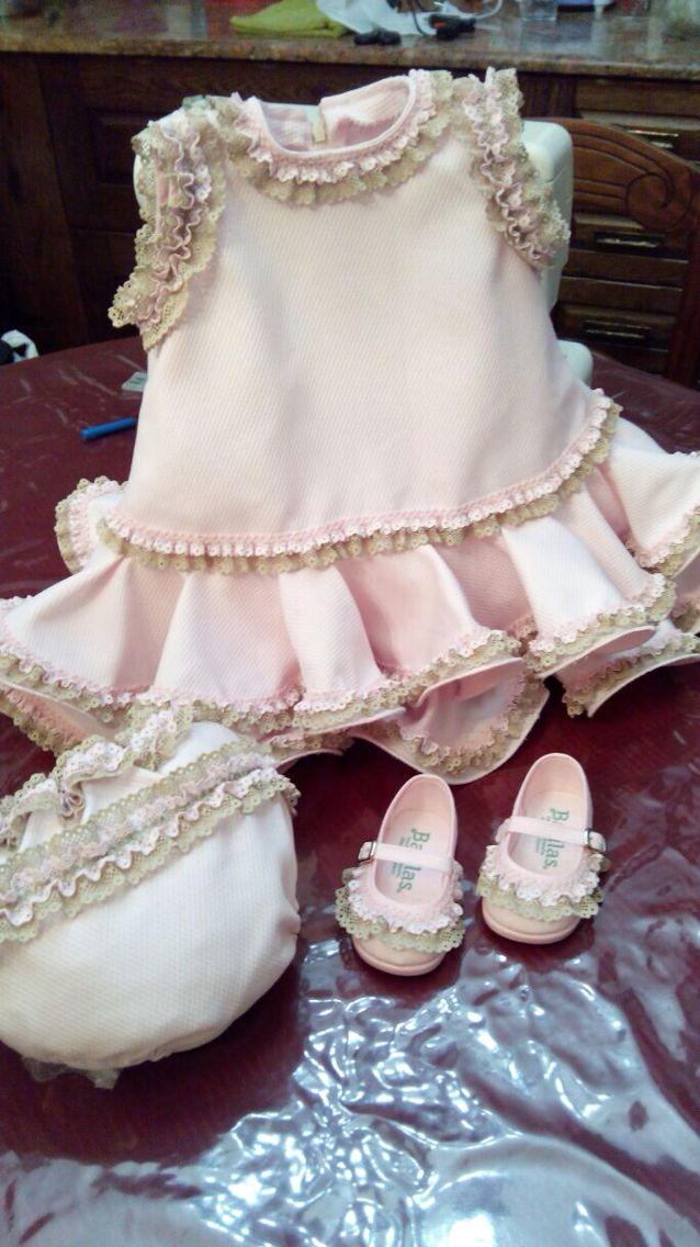 Vestido flamenca niña https://www.pinterest.com/margapg/moda-infantil/