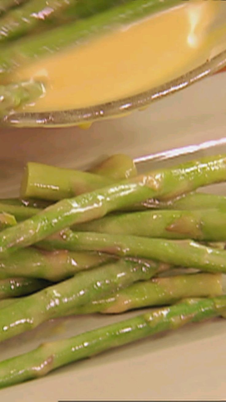 179 best lets cook appetizers images on pinterest cooking alex ices blanches and re ices her asparagus for maximum flavor and color forumfinder Choice Image
