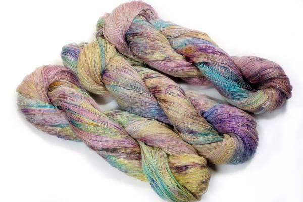 *夢紡ぎ*手染め 上質 シルクリネン左側のかせ 109g かぎ針編み 棒針編み 手編み 夏糸 絹麻_画像2