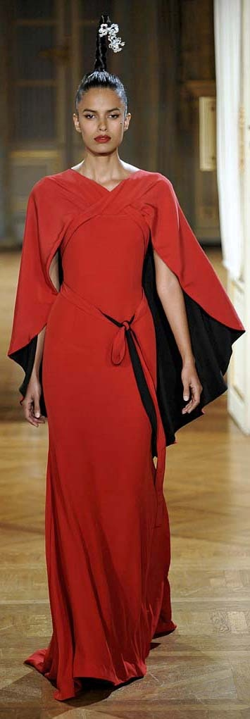 ☀ Alexis Mabille - Couture - Fall-winter 2012-2013 ☀ http://www.achadosdamoda.com/2012/07/alta-costura-inverno-2013-paris-alexis.html