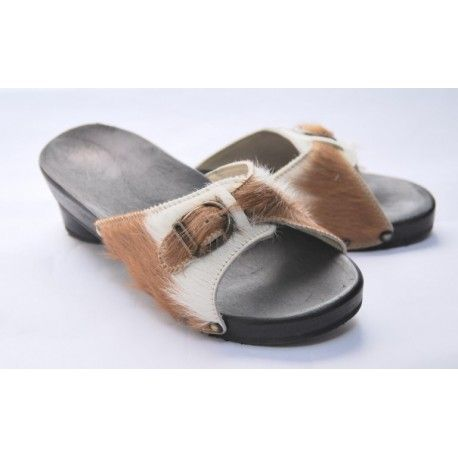 https://www.esprit-nordique.fr/de/schuhe/321-damen-fussbettsandalen-in-wild-leder-und-holz.html?search_query=pantolette
