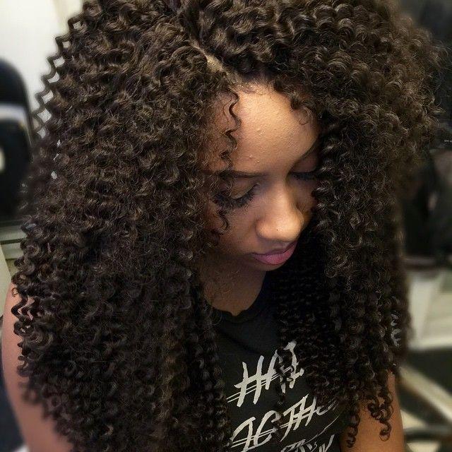 Curly crochet on @meeemstr secret hair  but mimics Freetress Bohemian/Waterwave  #protectivestyles #curlycrochet #losangelescrochet #losangelescrochetbraids #lacrochetbraids #lacrochet #kyrascurls  #crochetbyky #whatcrochet #crochetqueens