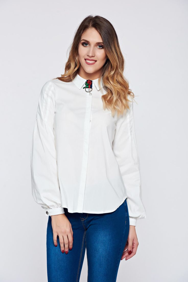 Fofy white women`s shirt office pointed collar accessorized with breastpin, women`s shirt, with buttons, accessorized with breastpin, pointed collar, easy cut, long sleeves, slightly elastic cotton