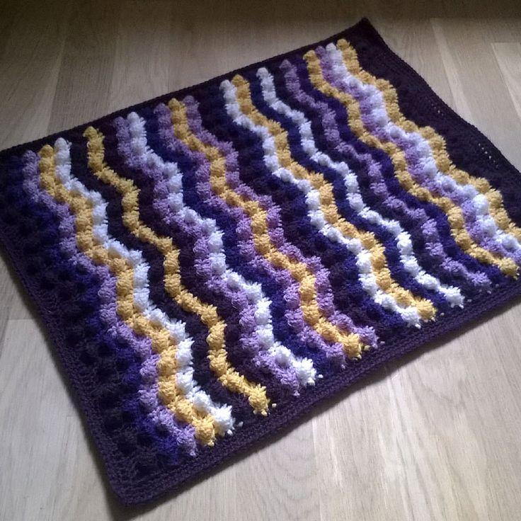 Curvy Bumby Bubble Blanket By Sari Siutti - Free Crochet Diagram - (ravelry)