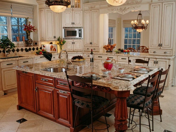 21 best images about kitchen islands on pinterest long for Beautiful traditional kitchens