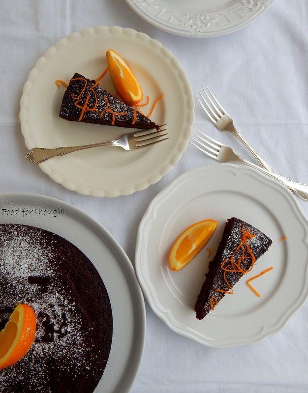 Food for thought: Σοκολατένιο κεικ χωρίς αλεύρι, με ολόκληρα πορτοκάλια