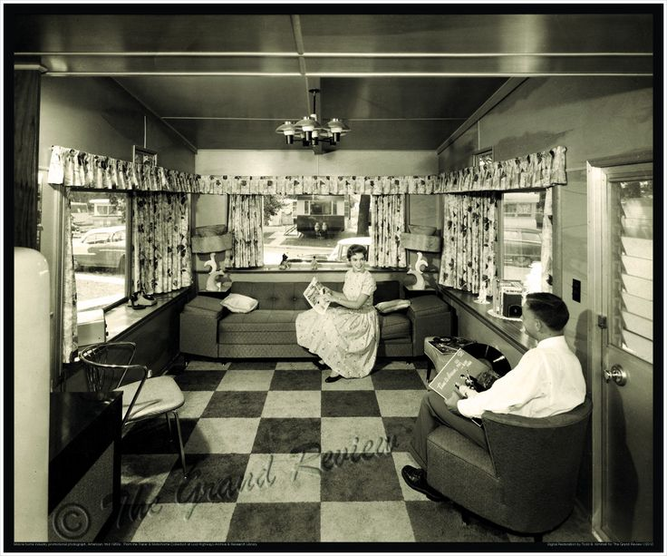 Vintage Trailer Print - 1950s Mobile Home Living - Tres DeLuxe - 1950s Trailer Park Living Room