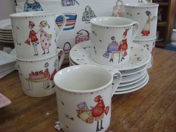 Tea Set by Mariana Curti                                                                                                                                                                                 Mais