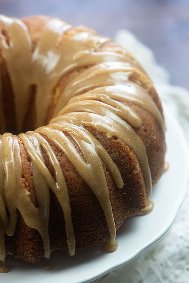 Buttermilk Pound Cake With Browned Butter Glaze You Ll Want To Drink That Glaze It S So Good Reci Buttermilk Pound Cake Pound Cake Recipes Dessert Recipes