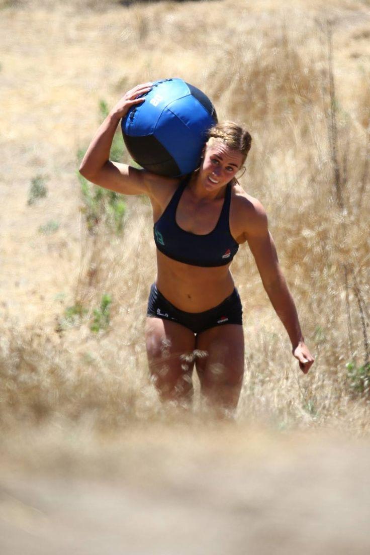 Brooke Wells: 2016 CrossFit Games Mini Chipper 3