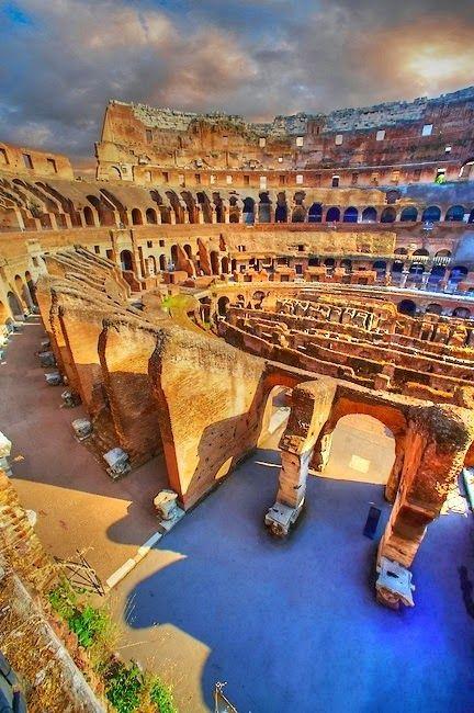 COLOSEUM, ROME ITALY