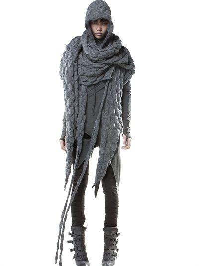 DEMOBAZA - WRAP CABLE WOOL KNIT SHAWL - LUISAVIAROMA - LUXURY SHOPPING WORLDWIDE SHIPPING - FLORENCE