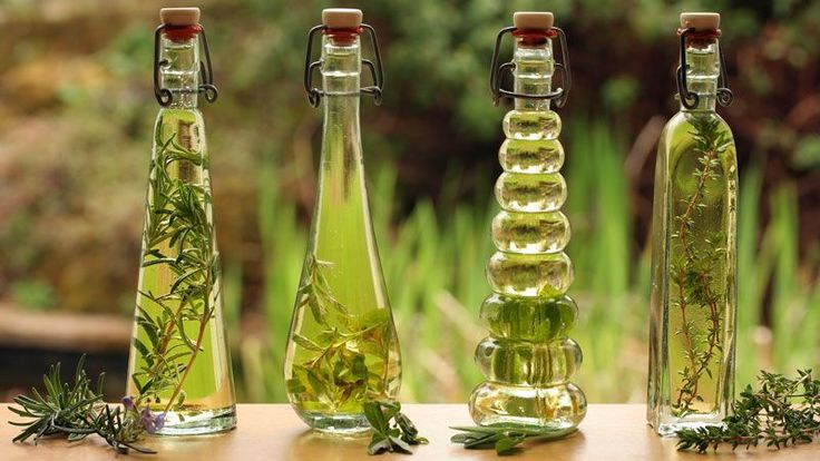 Vyrobte si doma bylinkový olej: Je to skvelé!