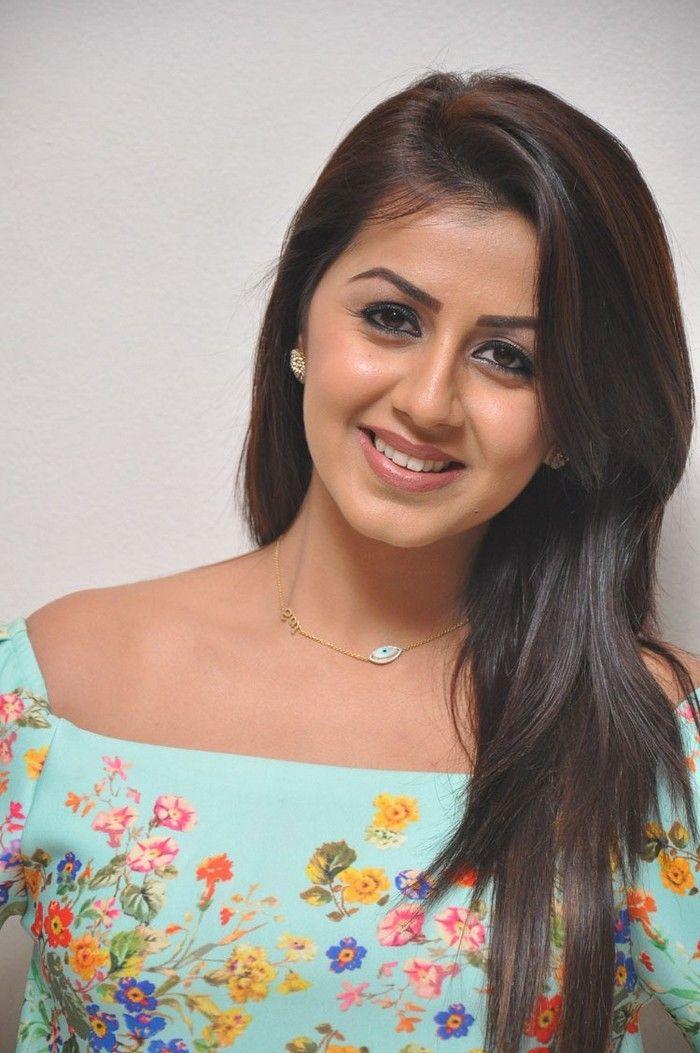 bollywoodmirchitadka: Nikki Galrani At Marakathamani Success Meet Galler...