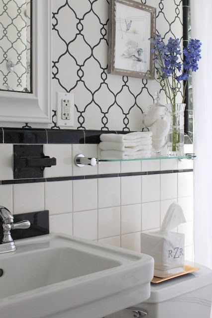 COTTAGE AND VINE: Bathroom Updates | Wall Paper