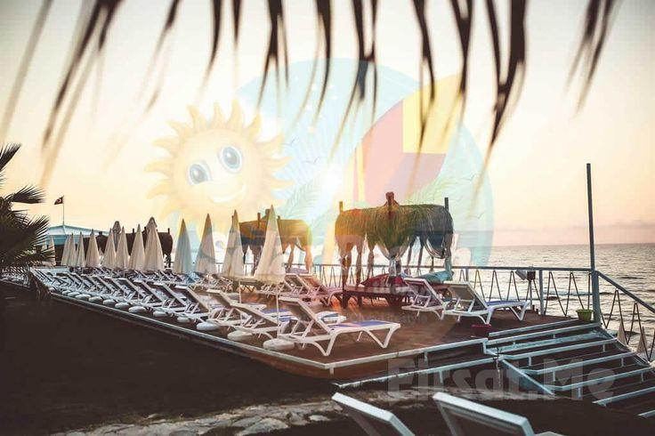 İstanbul'un En Güzel Plajı Kilyos Solar Beach Therapy'de, Plaj Girişi + Kahvaltı Keyfi! Eşsiz güzellikte, deniz, kum ve eğlence için kilometrelerce yol gitmenize hiç gerek yok! İstanbul'un en güzel Plajı Kilyos SOLAR BEACH THERAPY'de, denize kuma ve çılgın eğlence ve tabiki kahvaltıya doyacaksınız.