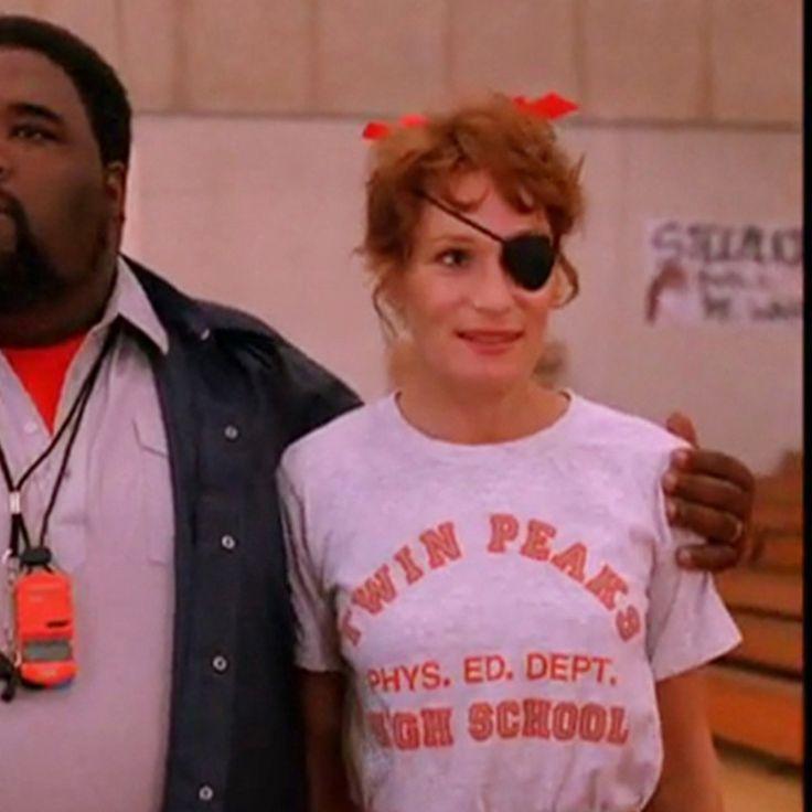 Twin Peaks - High School / Feminina - Cutscene - Compre em www.cutscene.com.br - camiseta twin peaks • camiseta phys. ed. dept. high school • camiseta high school • laura palmer • nadine hurley • wendy robie • cutscene • camiseta • camisetas • tshirts • tshirt • filme • filmes • movie • movies • cinema • objetos • clássicos