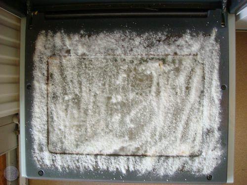 Zelfgemaakte ovenreiniger makkelijk & goedkoop