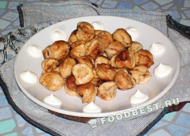 Жареные пельмени на сковороде - рецепт с пошаговым фото