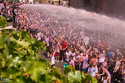 Batalla del Clarete. San Asensio (La Rioja) Spain  by ebmfoto.com