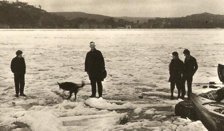 Boğaziçi'nde Buz Kütleleri (1929 Kışı)