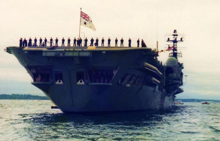 HMAS MELBOURNE R21. Spithead Fleet Review, Solent - Queen's Silver Jubilee, 28.6.1977.