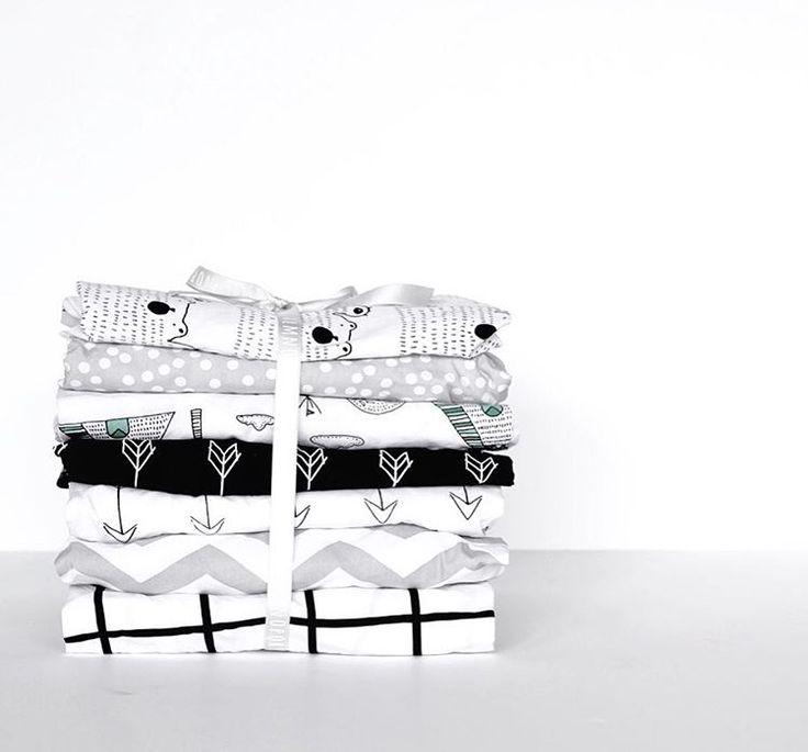Monochrome modern cot sheets #monchromenursery #cotsheet #cribsheet