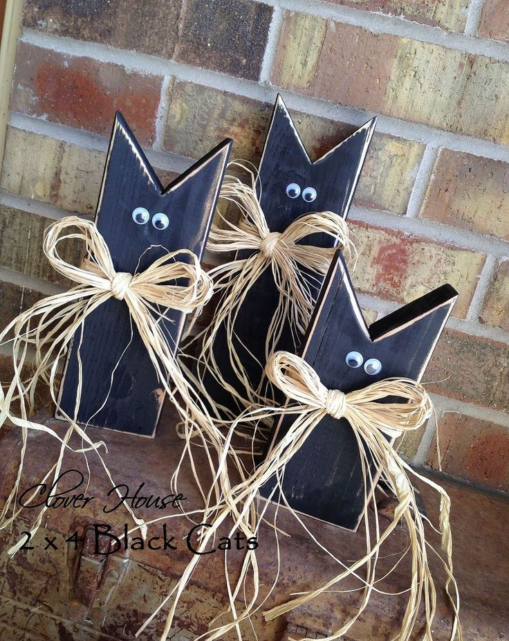 2x4 black cats pumpkins, crafts, halloween decorations, seasonal holiday decor, thanksgiving decorations, So cute and EASY