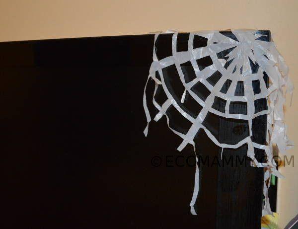 Украшение на Хэллоуин своими руками. Поделки на Хэллоуин: паутина из пакета