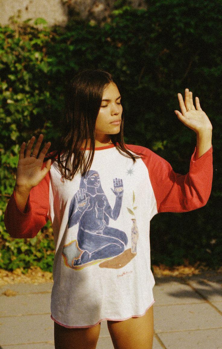T-shirt design by Hanako Mimiko. Picture by Denise Cárabez.