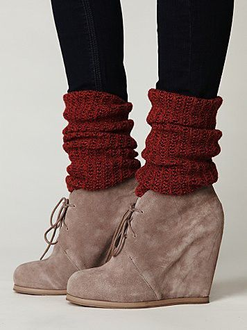 boots with socks: Shoes, Legs Warmers, Fashion, Style, Ankle Boots, Wedges Booty, Boots Socks, Wedges Boots, Leg Warmers