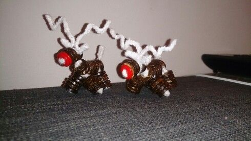 Pipe cleaner and button reindeer 2. Rudolph's revenge
