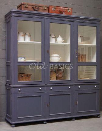 Vitrinekast Amiens op maat gemaakte kast van Old BASICS | WWW.OLD-BASICS.NL Brocante - Industrieel - Vintage voor unieke oude meubels en meubels op maat gemaakt #servieskast #vitrinekast #winkelkast