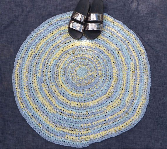This one is adorable!! 34 round rug that uses mellow shades of yellow, blues, bluish, gray, light soft turquoise. Just screams shabby chic or boho, even. Does match nicely with the oval blue & yellow rug shown in 1 of the pictures. 2nd rug ships for only $5.25!  Heavy duty! Knotted. MACHINE WASHABLE! Will last for MANY years! Made with a toothbrush handle as a needle to make knots. (Not crocheted and no threads from sewing braids, not woven.) Sometimes called an Amish Knotted Rug. ONE-OF-...