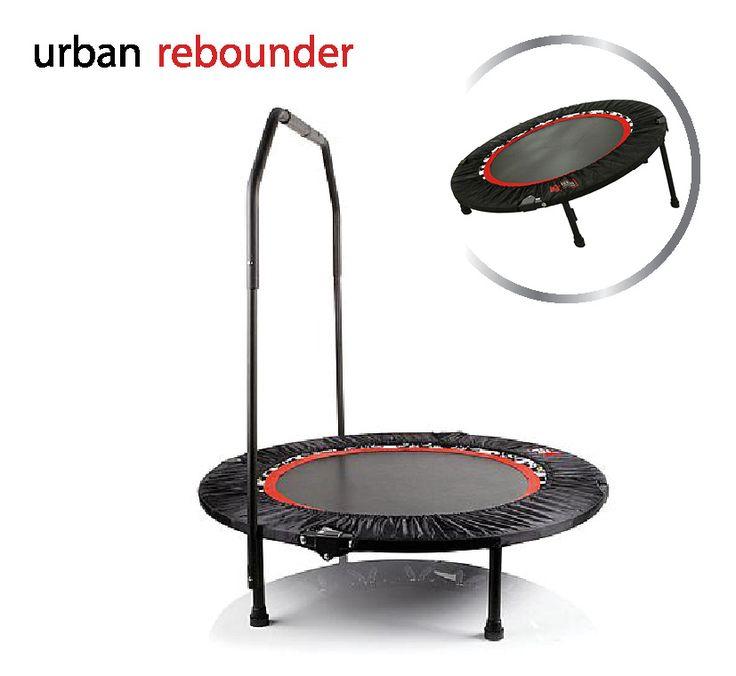 Urban Rebounder  Description: Urban Rebounder Opzoek naar een fitness trampoline voor de perfecte workout? Spring dan op de Urban Rebounder! Hierdoor krijg je een straks en sexy lichaam als nooit te voren! De Urban Rebounder trampoline is in te stellen in zowel een vlakke als een verhoogde ligging. Beide posities zorgen ervoor dat al je spieren in beweging komen. Op die manier train je je gehele lichaam op kracht uithoudingsvermogen balans en flexibiliteit. Een effectieve workout dus…
