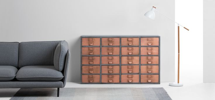 #koper #dressoir #wandkast #kast #koperen #lades #design #interieur #ladekast