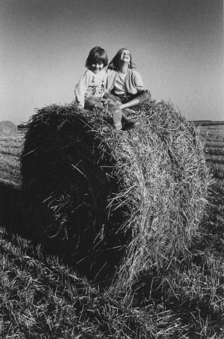 JeanLoup SIEFF :: Ses enfants - Normandie, 1987