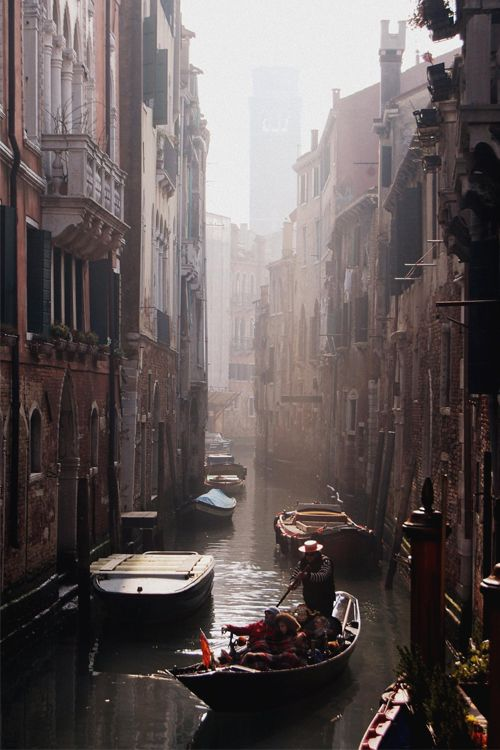 italian-luxury:  Venice Alley