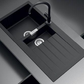 Oltre 25 fantastiche idee su Lavello nero su Pinterest | Mensole ...