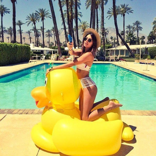 92 melhores imagens de fotos na piscina no pinterest for Fotos tumblr piscina