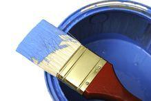 Comment nettoyer des pinceaux sur lesquels la peinture a durci ?